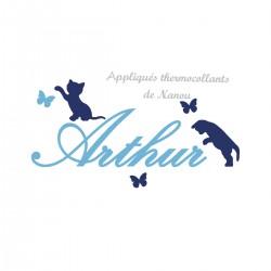 Appliqué thermocollant velours bleu prénom 2 chats